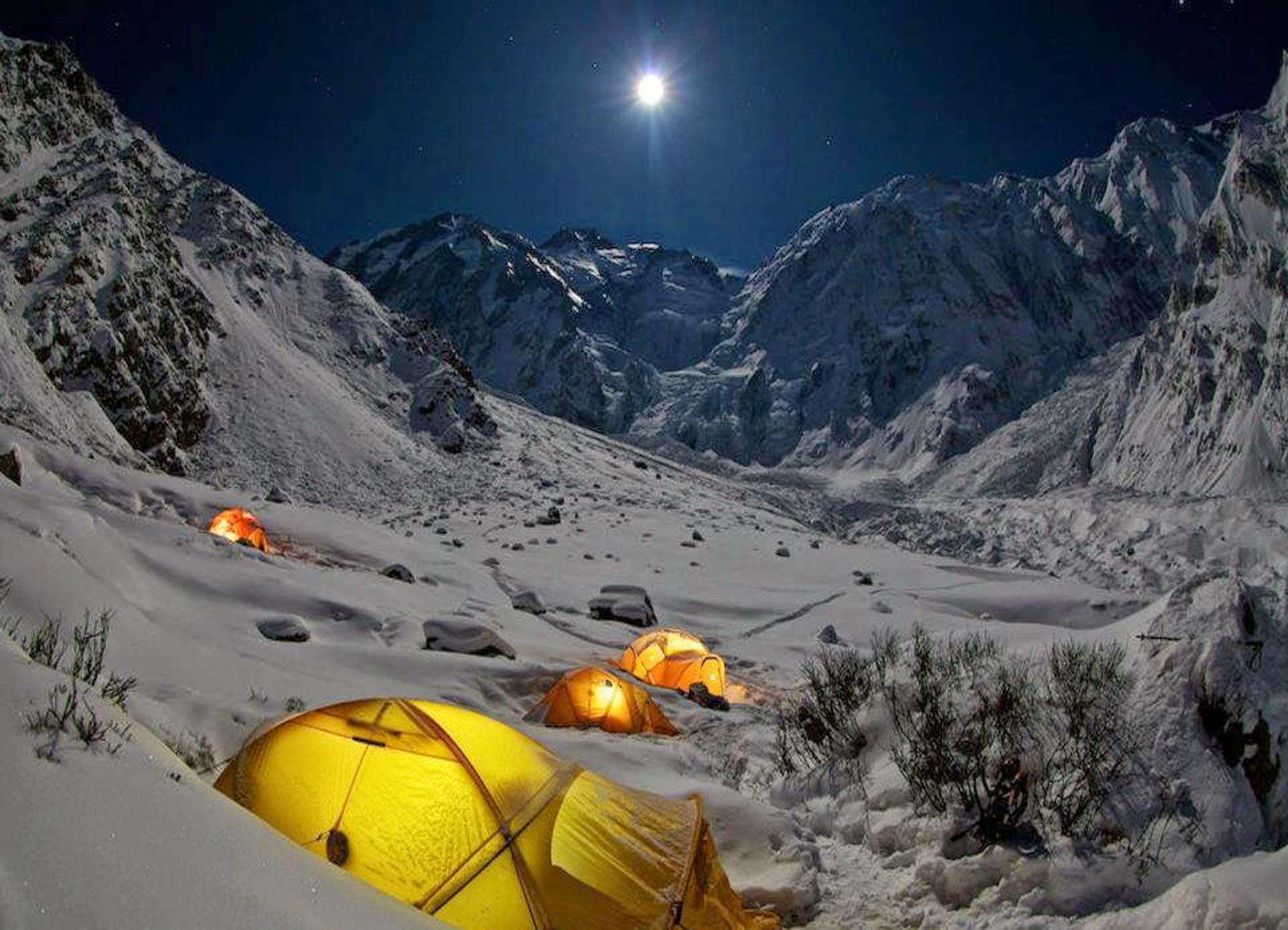 Vinterbestigning av Nanga Parbat underveis