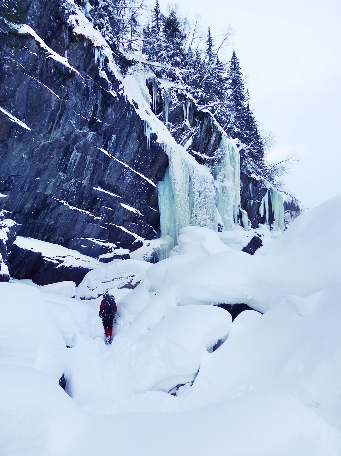 Is og grillpølser på Rjukan