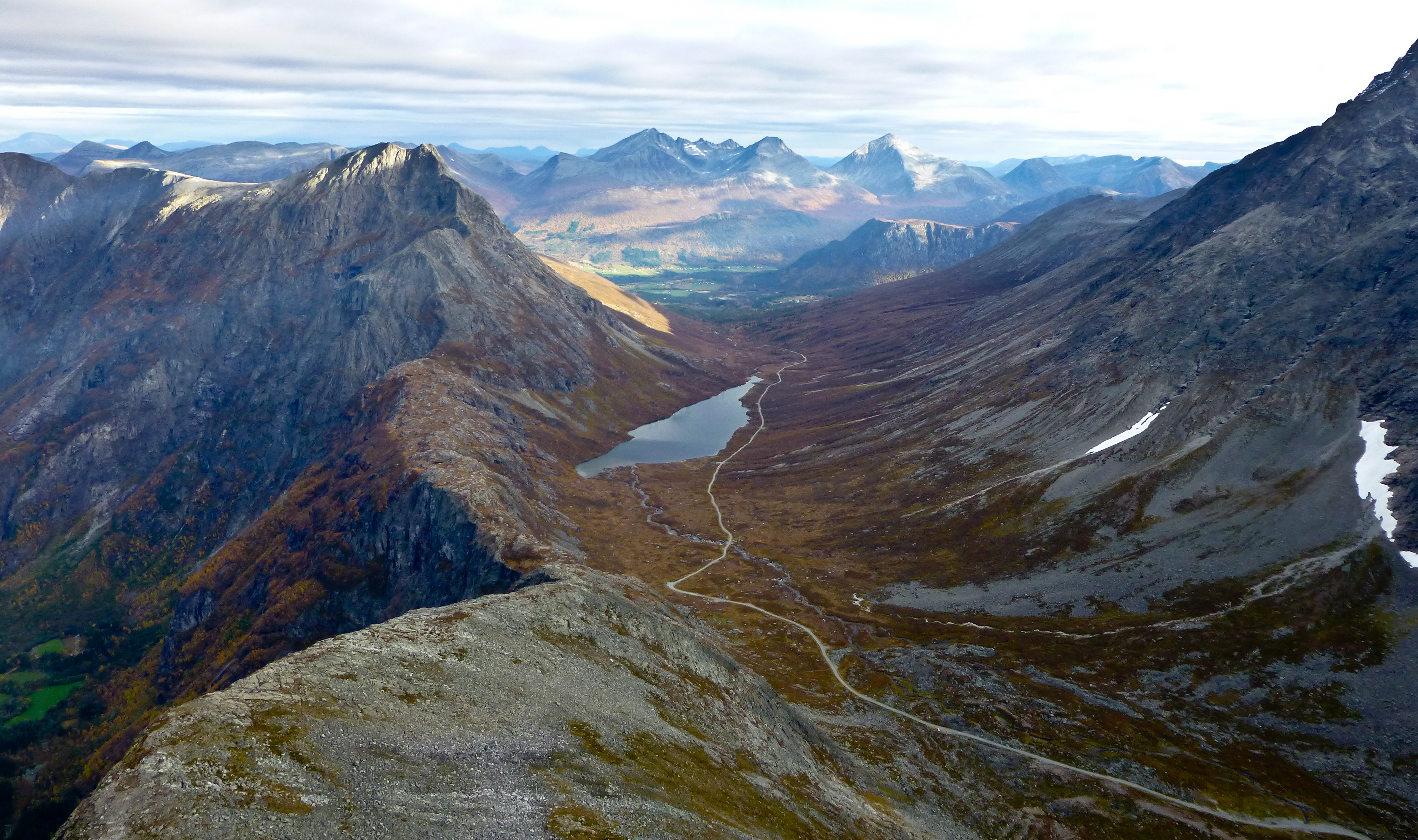 Høsttur til Romsdalshorn